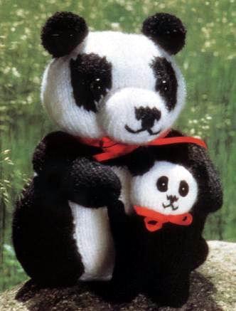 Панда-мама и панда-беби.